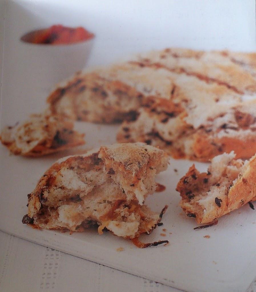 Olive & halloumi bread